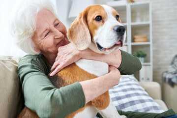 Joyful-pets-pet-love1