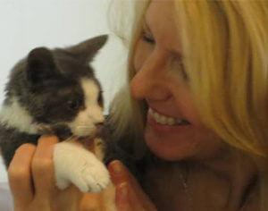 joyful-pets-lauren-mccarron-founder
